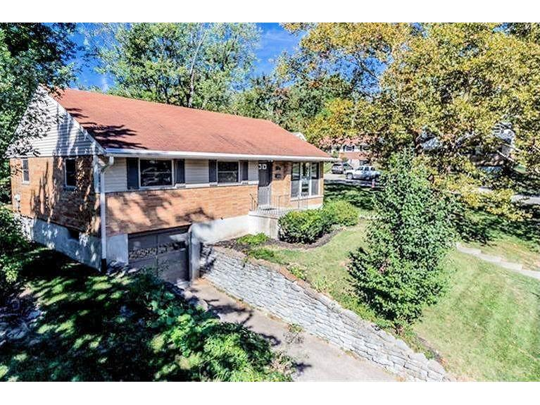 85 Illona Dr Greenhills, OH