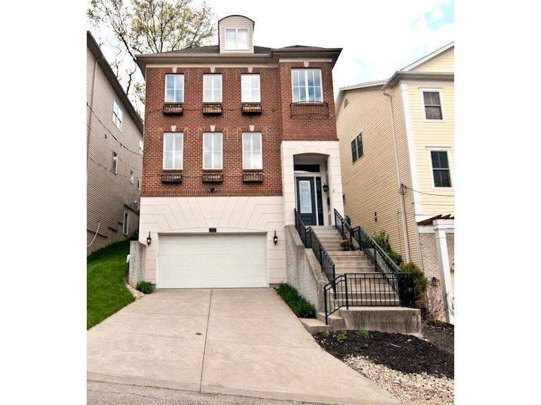 1023 Kinmont St Mt. Lookout, OH