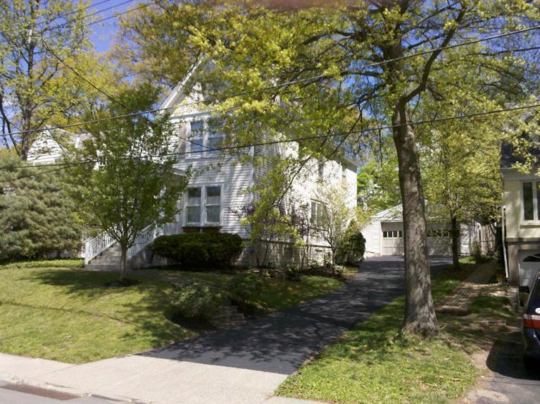 3438 Arnold St Mt. Lookout, OH