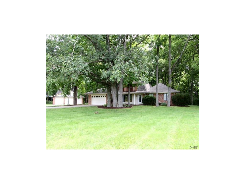 2301 E Social Row Rd Washington Township, OH