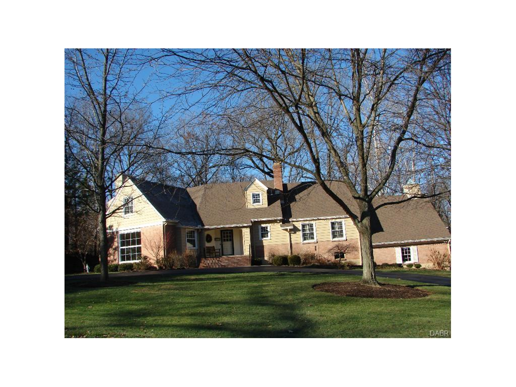 3449 Indian Hill Dr Kettering, OH