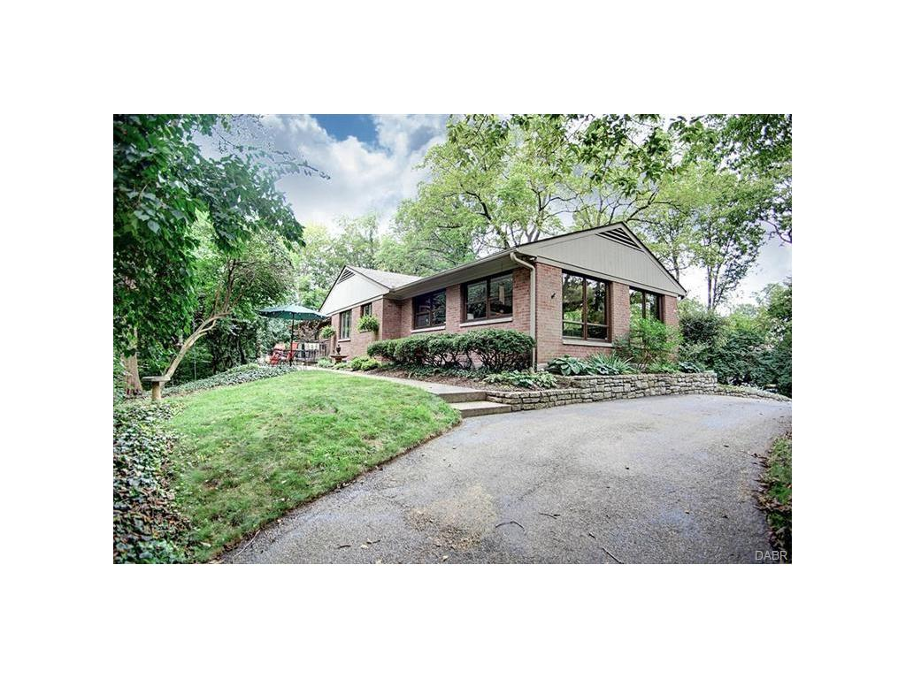 1935 William Ln Kettering, OH