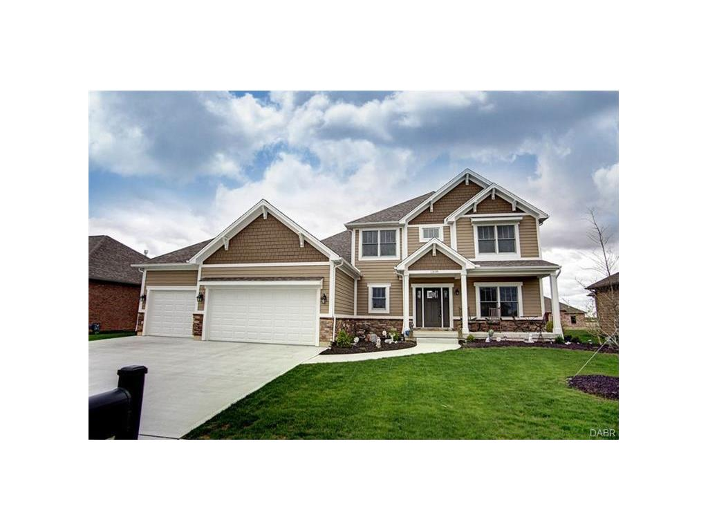 1308 Red Maple Dr Troy, OH