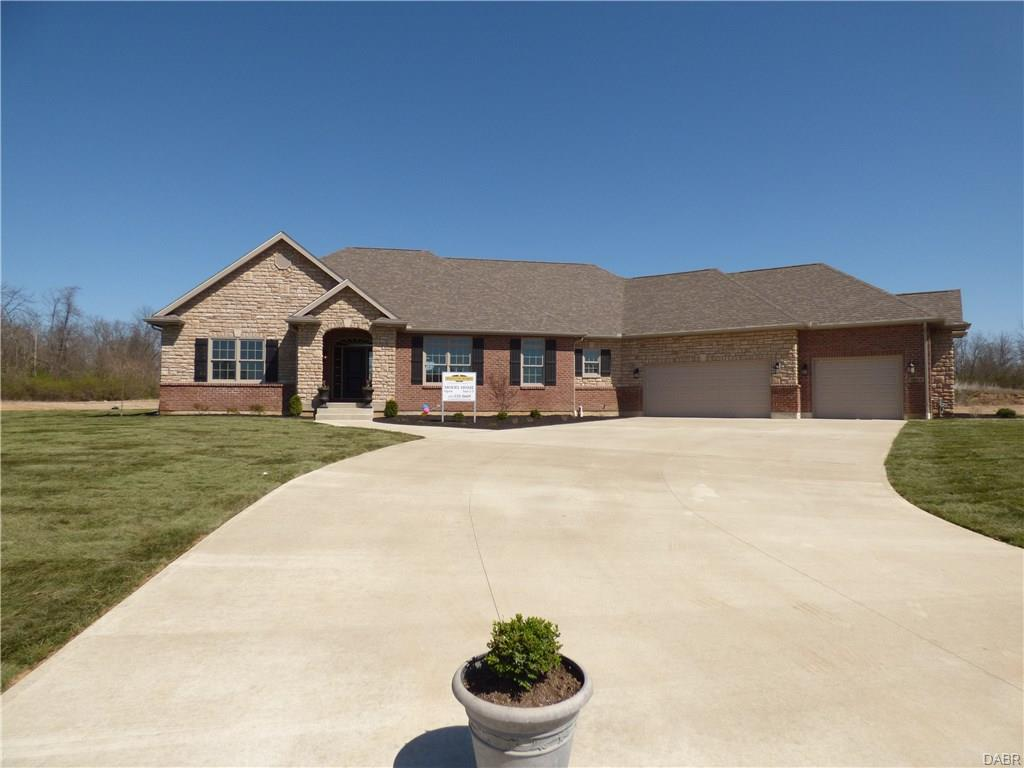 1073 Windmill Ct Troy, OH