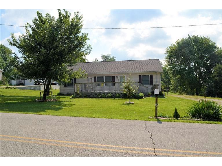 real estate photo 1 for 20790 Mt Pleasant Rd Lawrenceburg, IN 47025