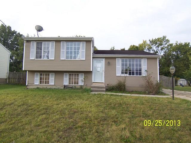 real estate photo 1 for 1453 Summe Dr Mt. Healthy, OH 45231
