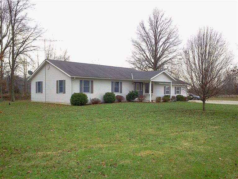 real estate photo 1 for 7814 E Co Rd 1200N Sunman, IN 47041