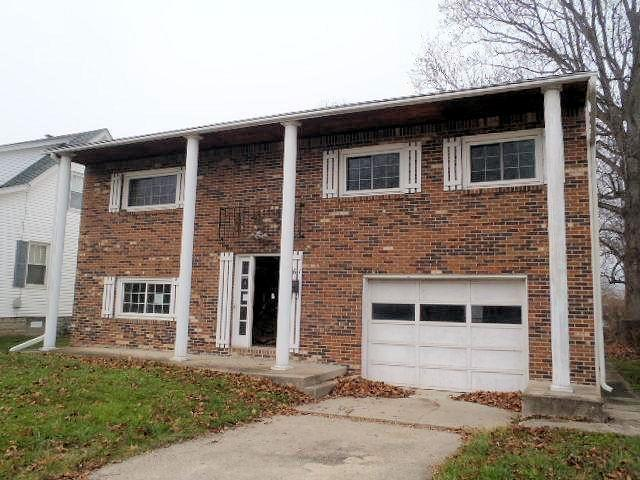 real estate photo 1 for 561 Nowlin Ave Greendale, IN 47025