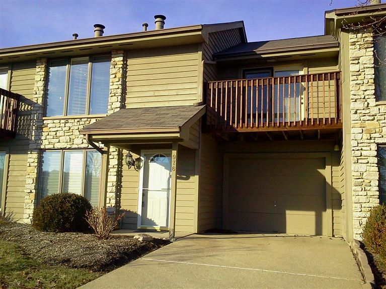 real estate photo 1 for 976 Marcia Ct Greendale, IN 47025