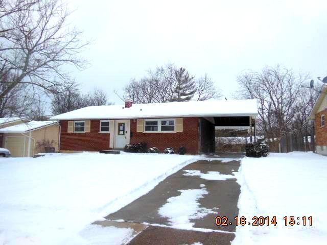 real estate photo 1 for 11459 Farmington Rd Forest Park, OH 45240