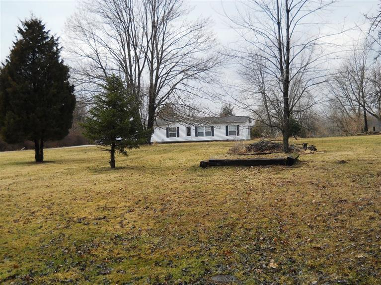 real estate photo 1 for 15219 Klein Acres Rd Moores Hill, IN 47032