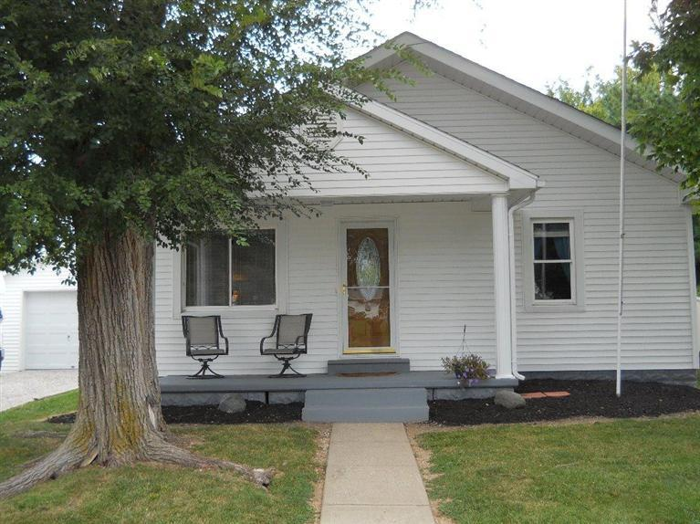 real estate photo 1 for 430 S Monroe St Versailles, IN 47042