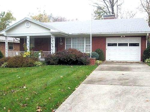 real estate photo 1 for 551 Tanner Ave Greendale, IN 47025