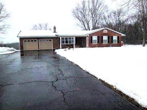 real estate photo 1 for 6018 Yorkridge Rd York Twp, IN 47022