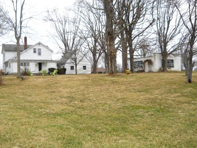 real estate photo 1 for 22295 Georgetown Rd Lawrenceburg, IN 47025
