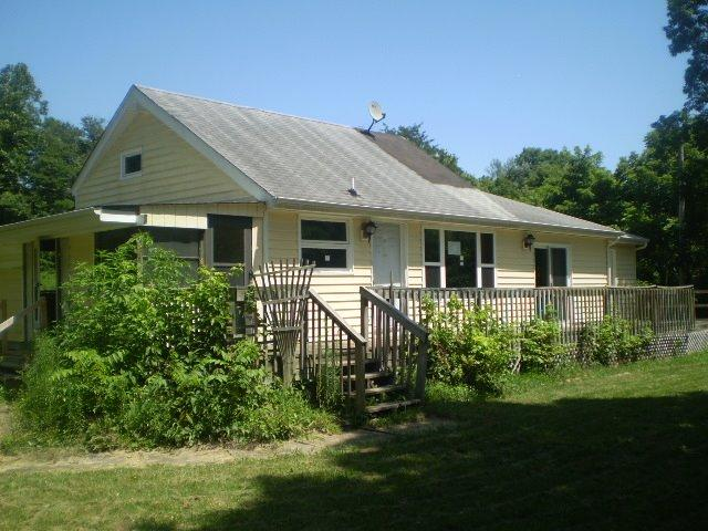 real estate photo 1 for 10143 Goose Creek Rd Metamora, IN 47030