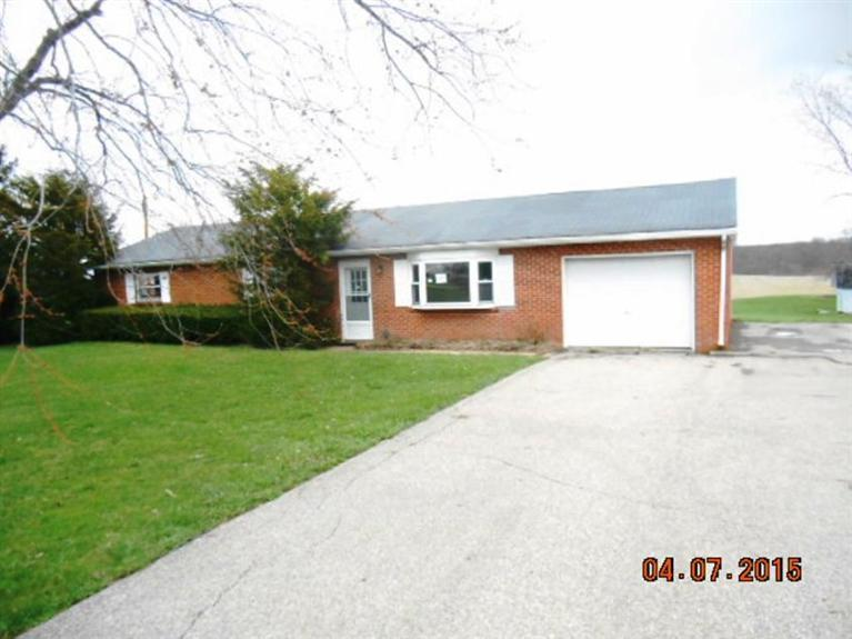 real estate photo 1 for 8115 Raymond Rd Brookville, IN 47012