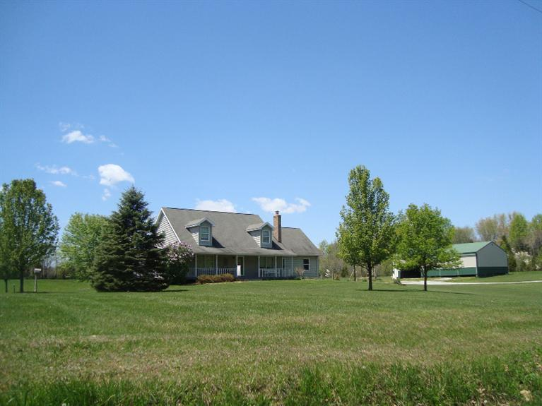 real estate photo 1 for 2980 S Co Rd 750 E Ripley County, IN 47018