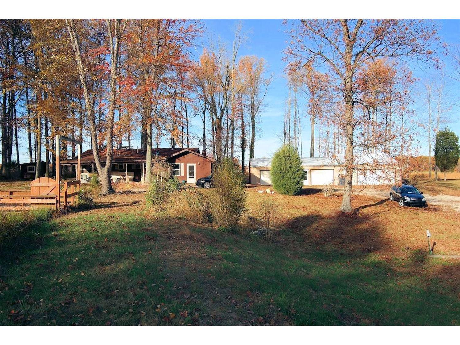 real estate photo 1 for 6186 S Co Rd 100 W Versailles, IN 47042