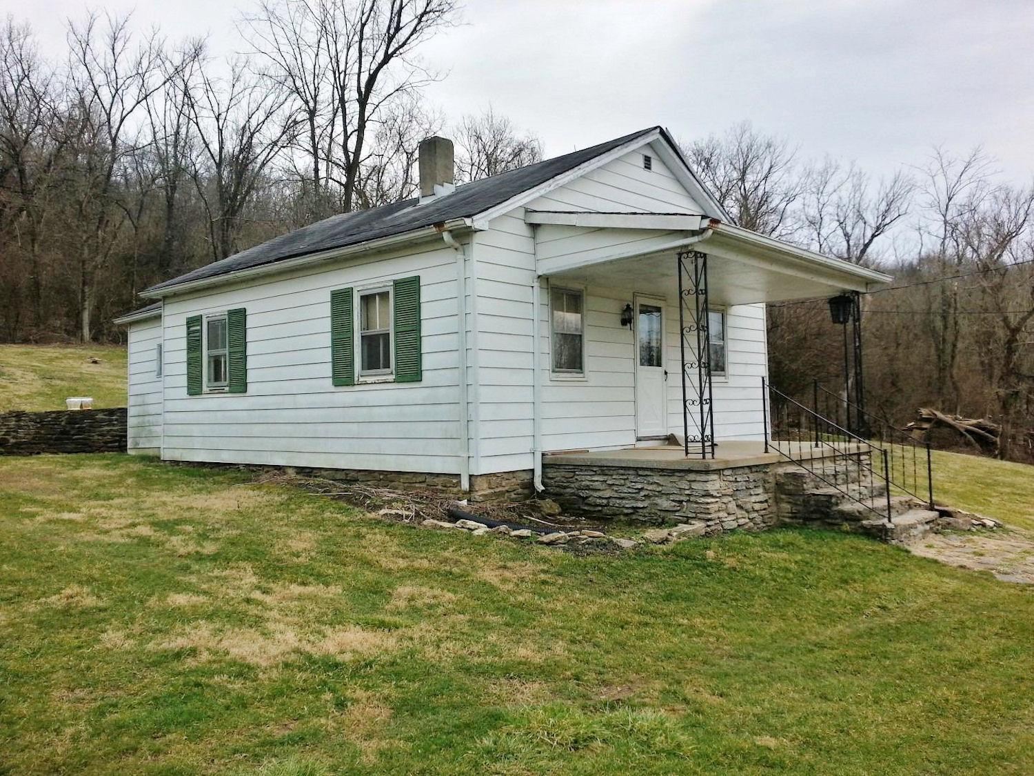 real estate photo 1 for 18274 St Rt 1 Lawrenceburg, IN 47025