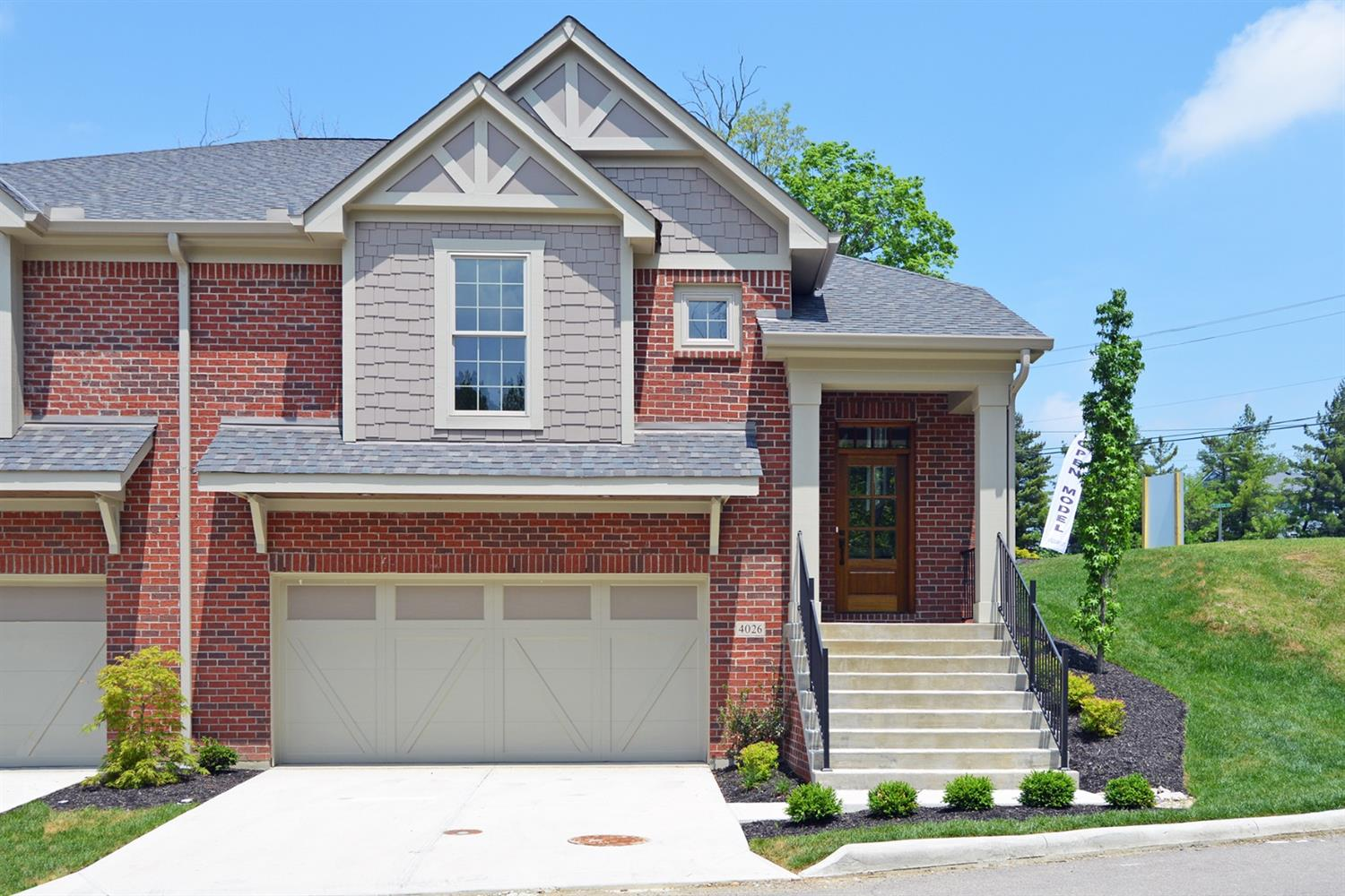 4026 Creekside Pointe Blue Ash, OH