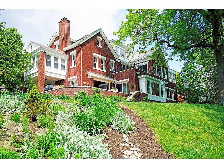 2708 Johnstone Pl Walnut Hills, OH