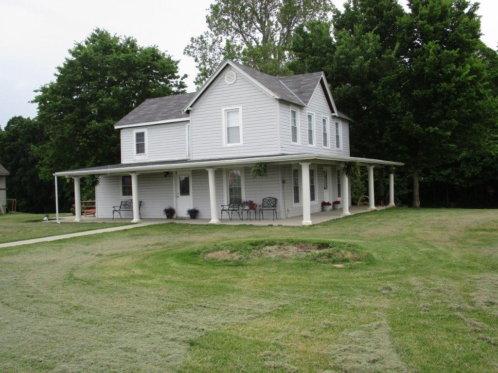 Photo 1 for 24969 Sawdon Ridge Rd Logan Twp, IN 47022