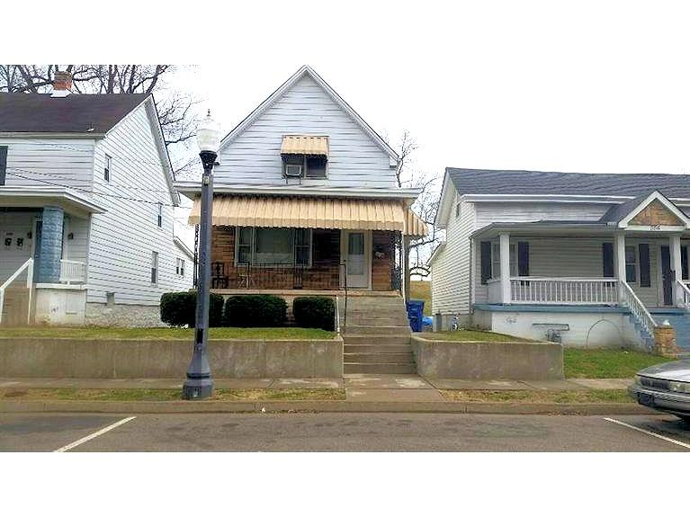 real estate photo 1 for 554 W High St Lawrenceburg, IN 47025