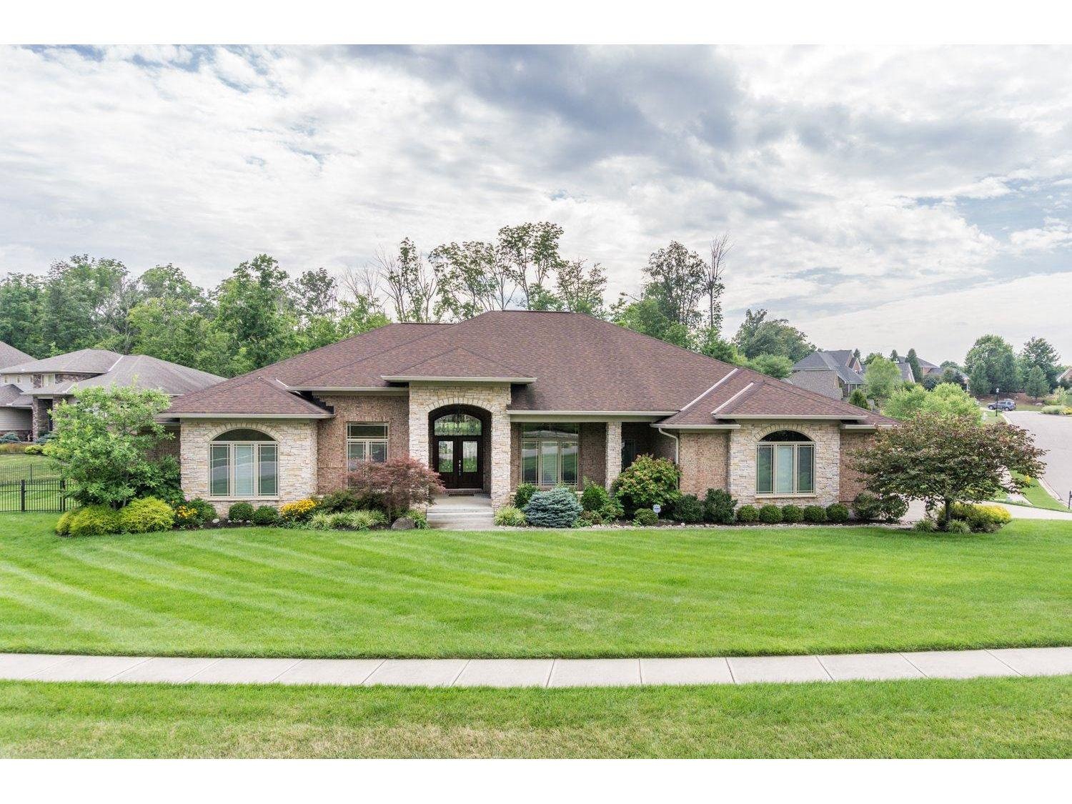 5547 Pine Brook Cir Monfort Hts., OH