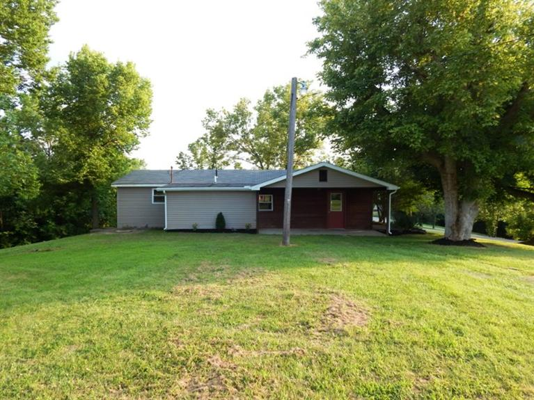 real estate photo 1 for 6163 Tapps Ridge Rd Vevay, IN 47043