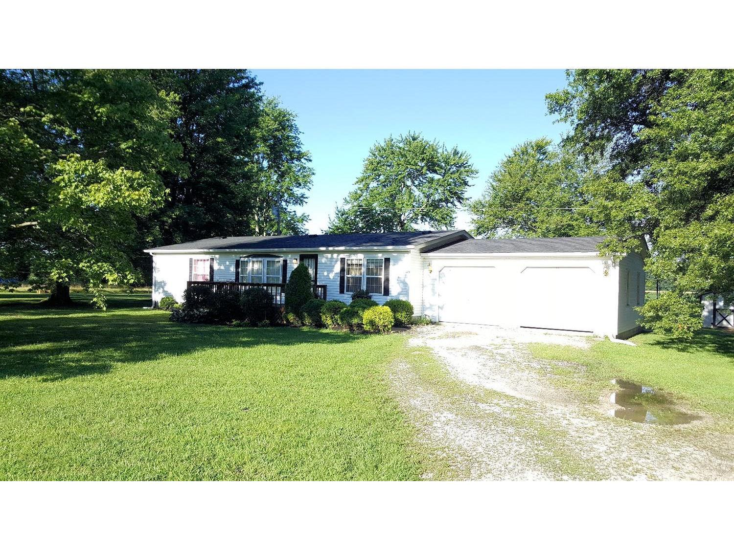 real estate photo 1 for 9433 N Spades Rd Sunman, IN 47041