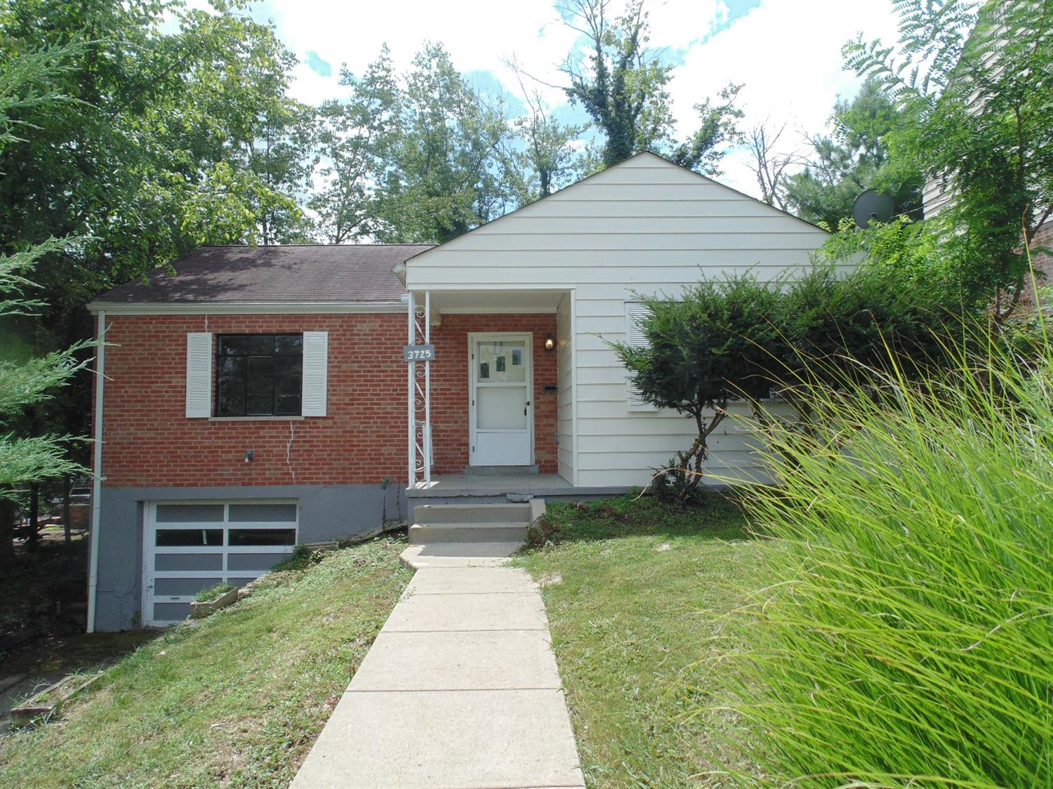 3725 Standish Ave Kennedy Hts., OH