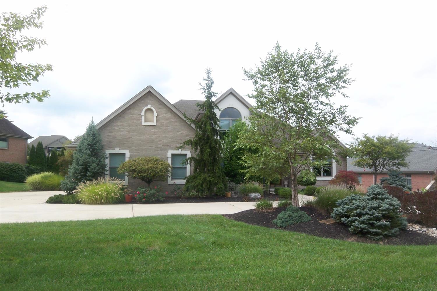 4801 Wellington Chase Ct Bridgetown, OH