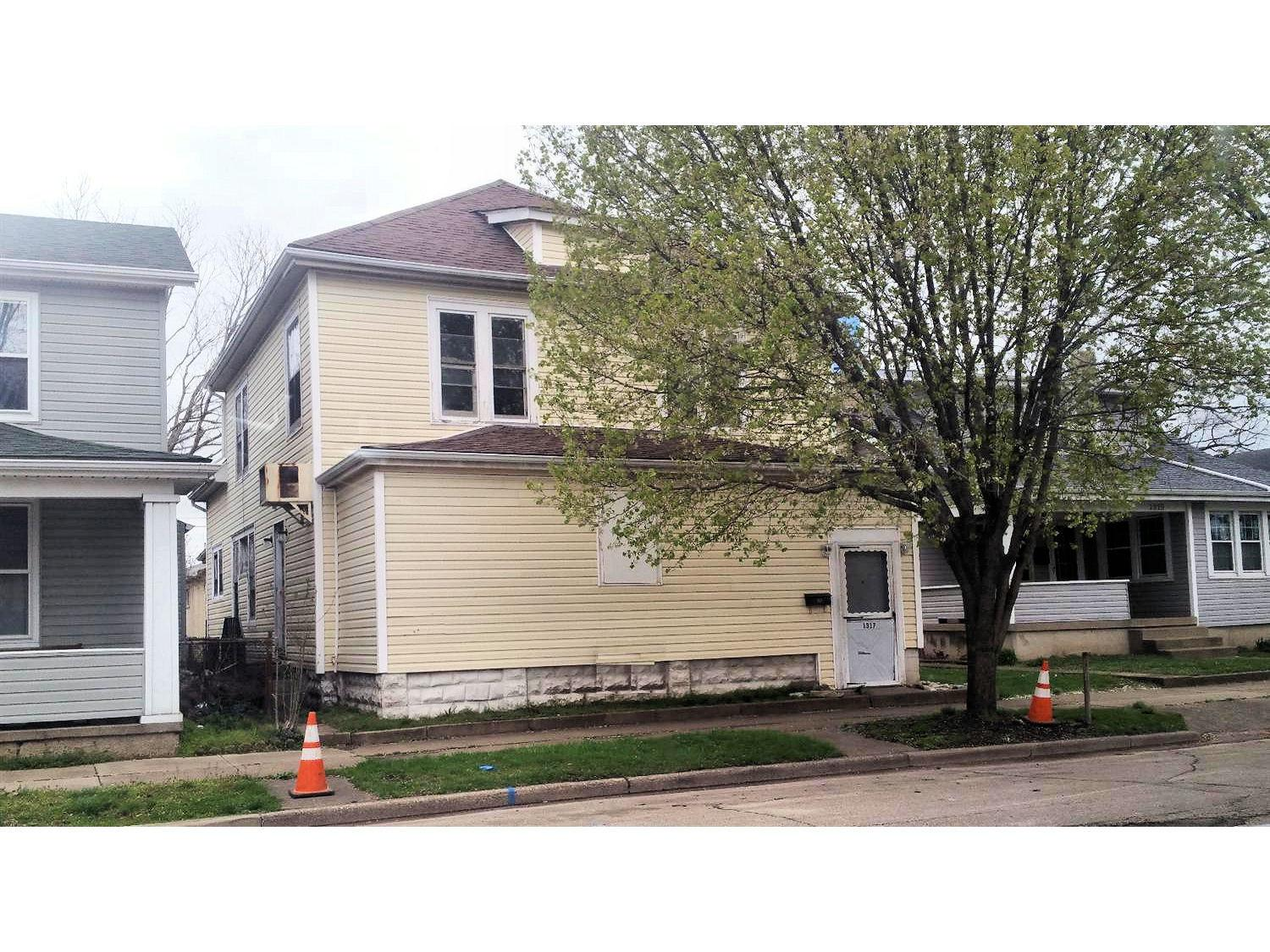 1317 First Ave Middletown South Oh 45044 Listing Details