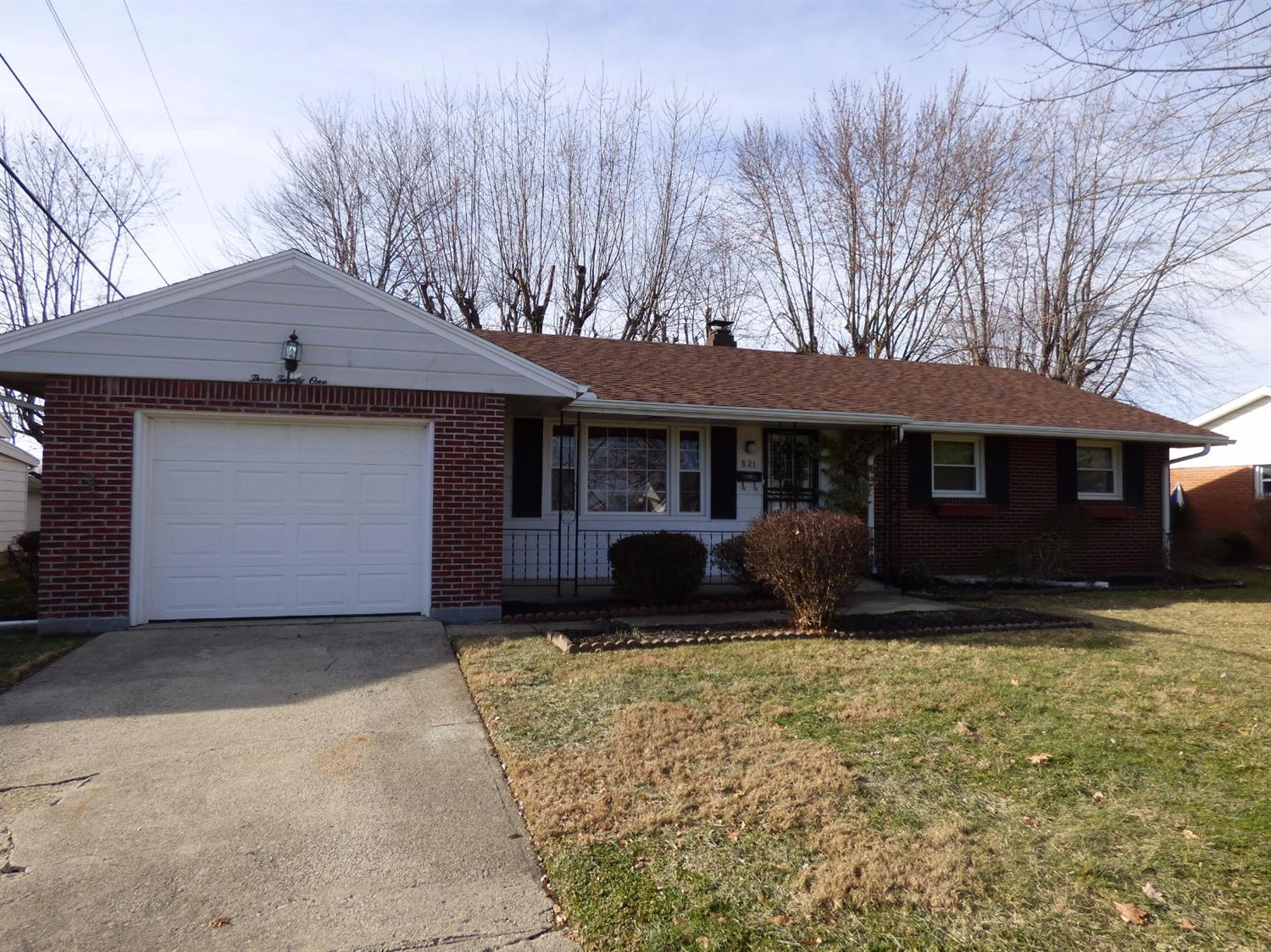 321 Kenyon Dr Wilmington, OH