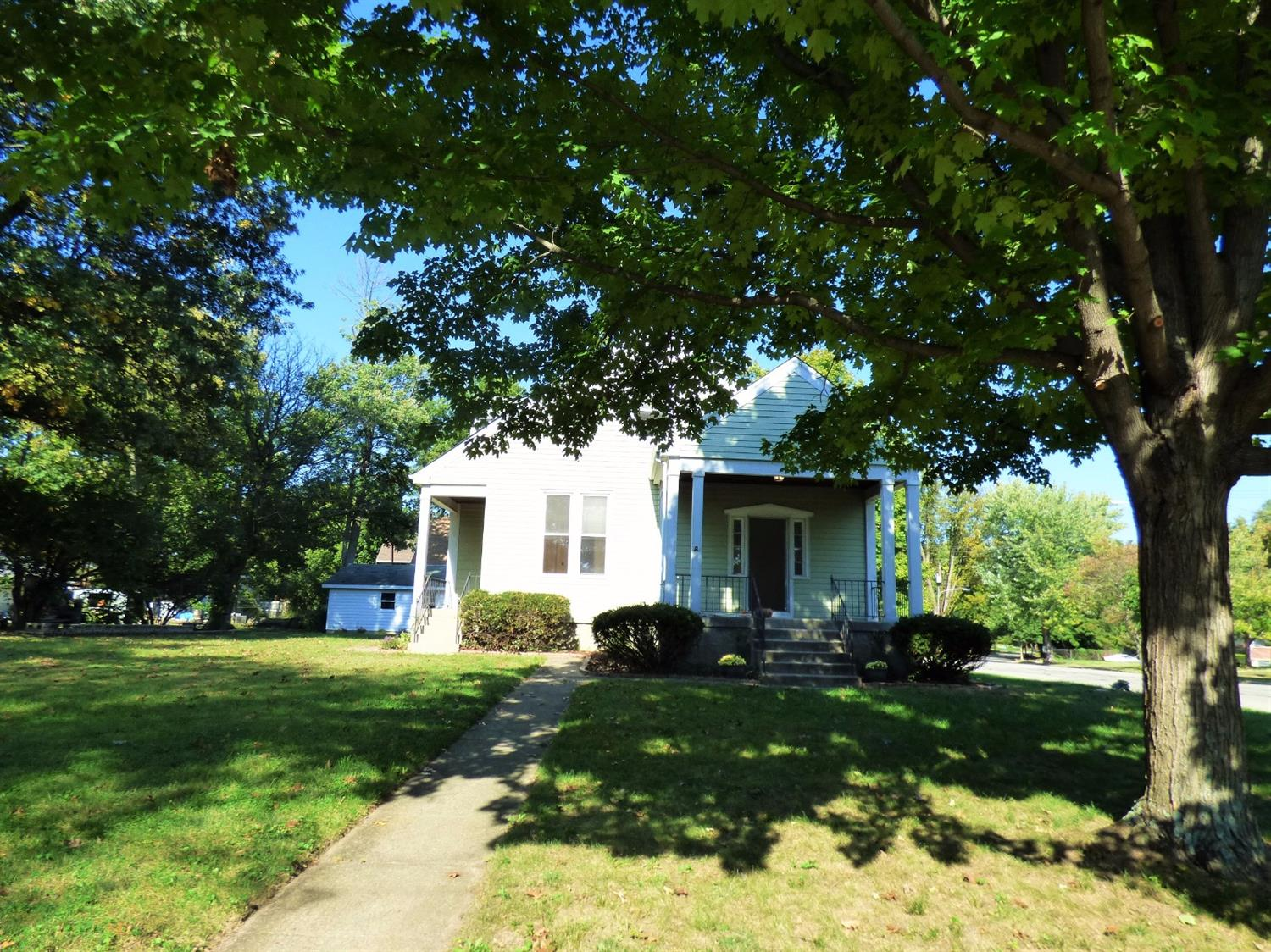 156 Parkway Ave Hartwell, OH