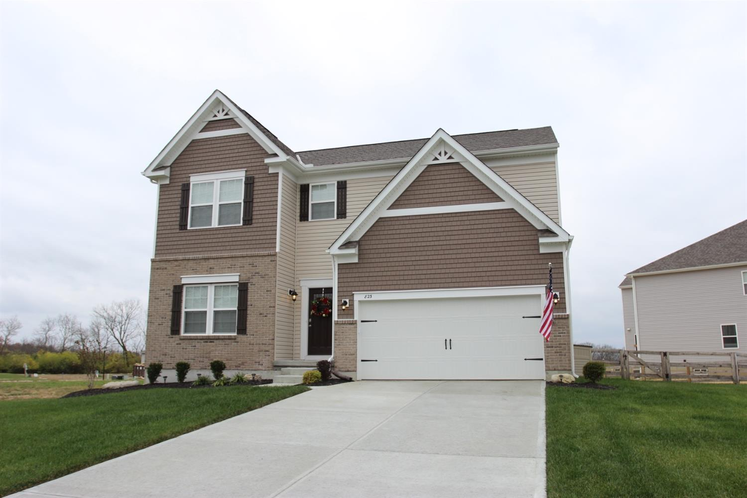 823 Hocking Meadow Cir Monroe, OH