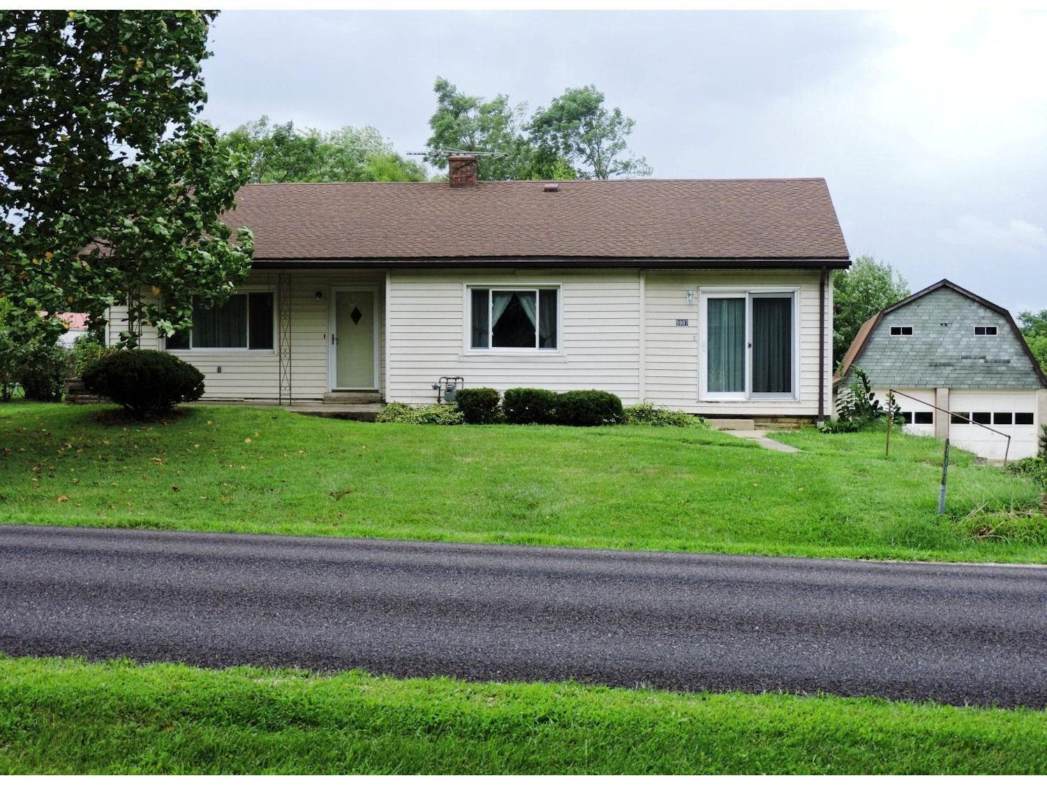 real estate photo 1 for 5907 St Rt 48 Lawrenceburg, IN 47025