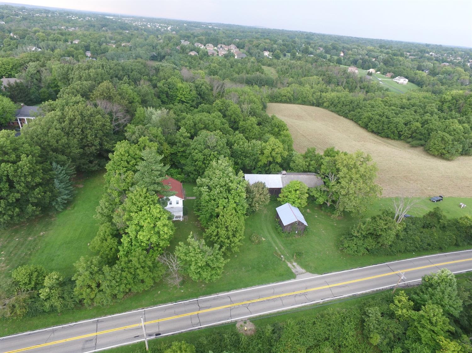 Photo 3 for 5436 Jessup Rd #B White Oak, OH 45247