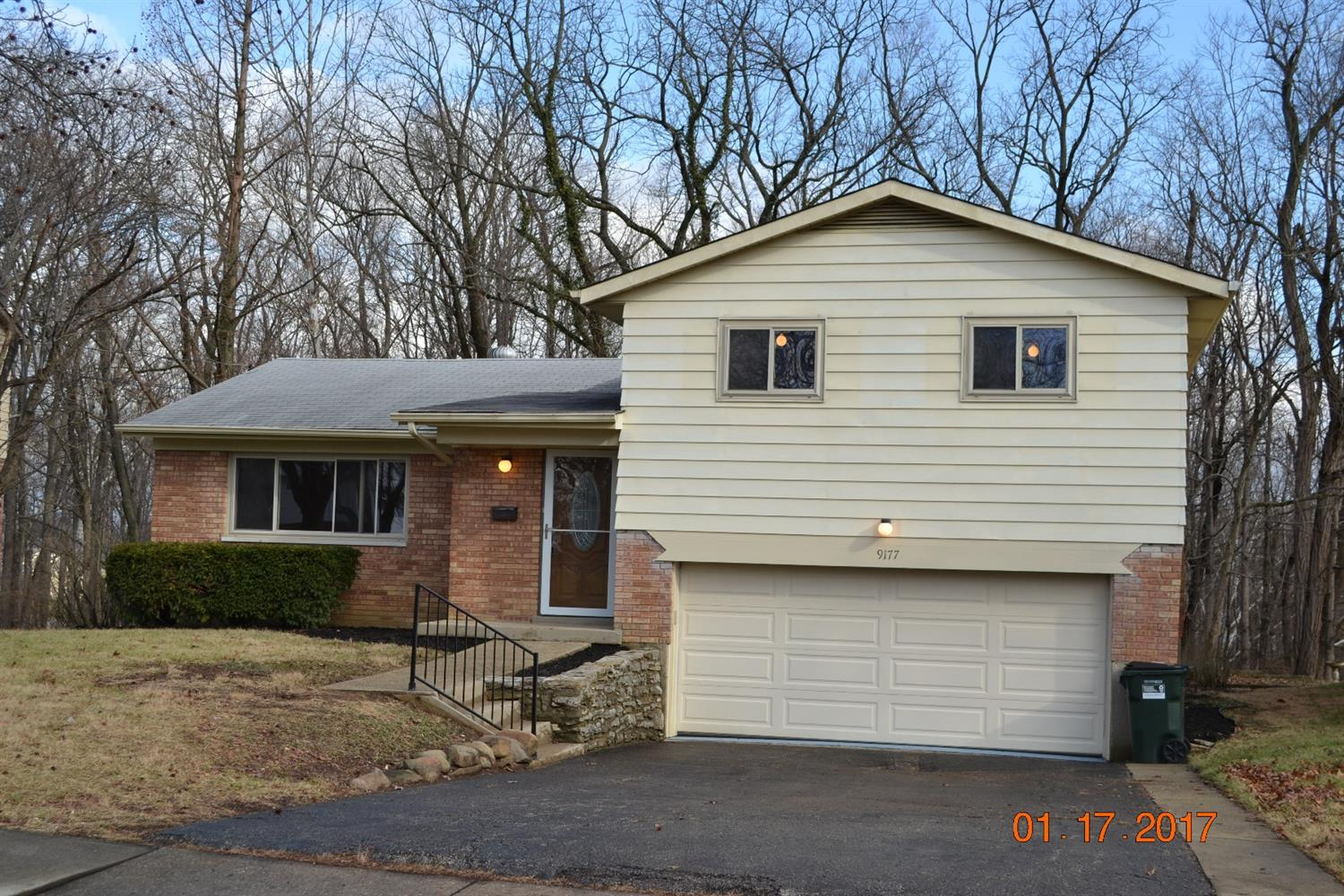9177 Peachblossom Ct Finneytown, OH