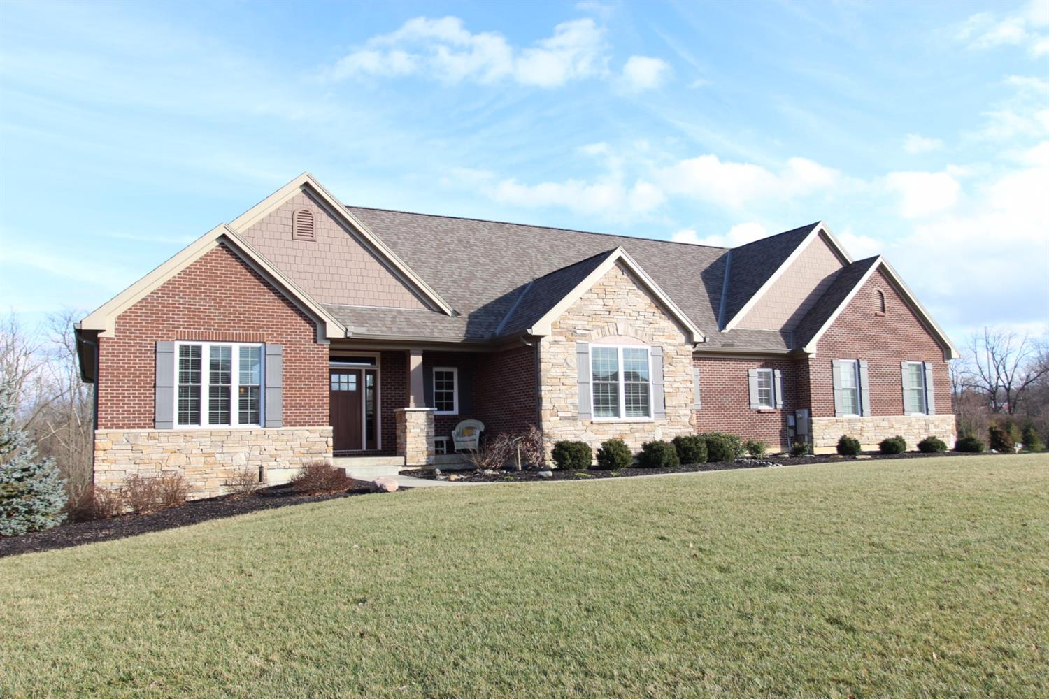 6876 Hickory Pointe Dr Liberty Twp., OH