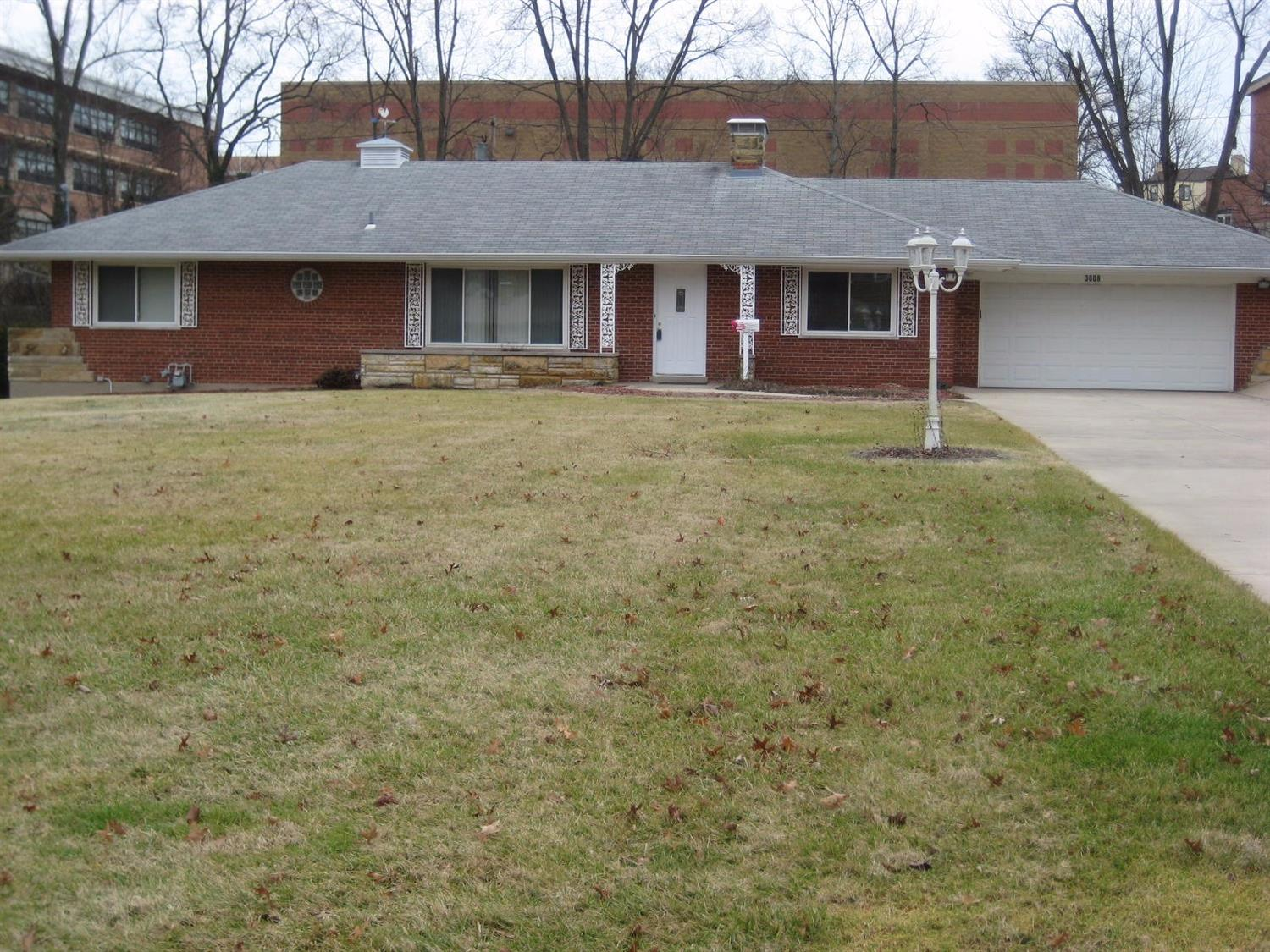 3808 Chatwood Ct Bridgetown, OH