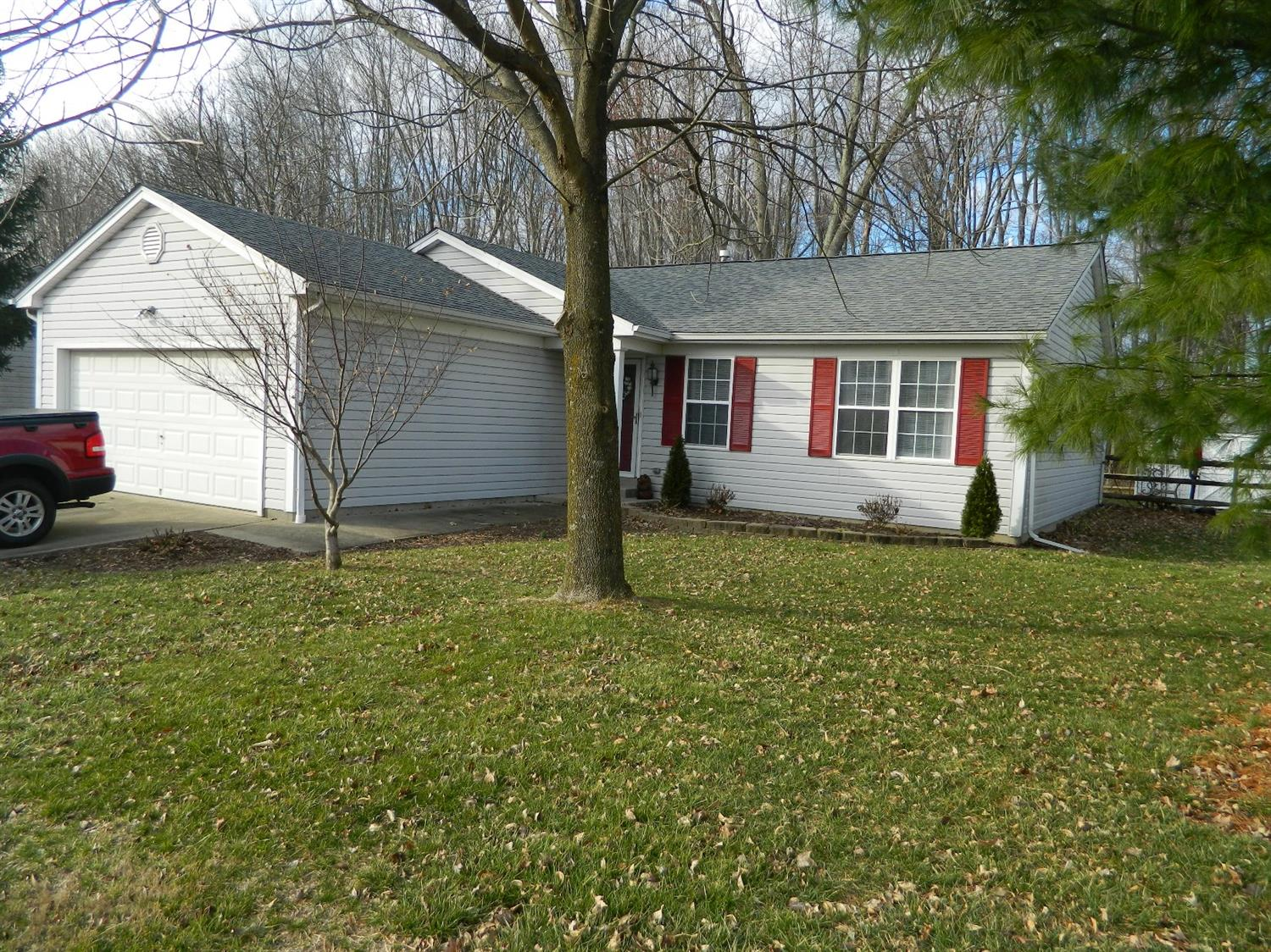 209 Deershadow Rd Maineville, OH