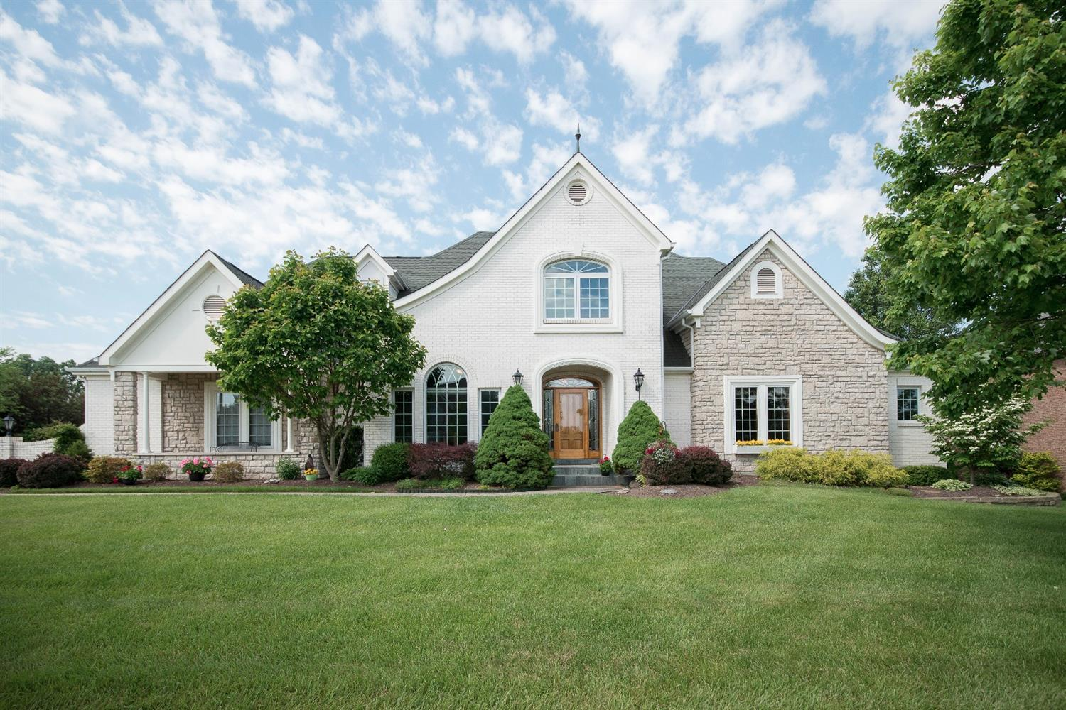 3565 Country Walk Dr Bridgetown, OH