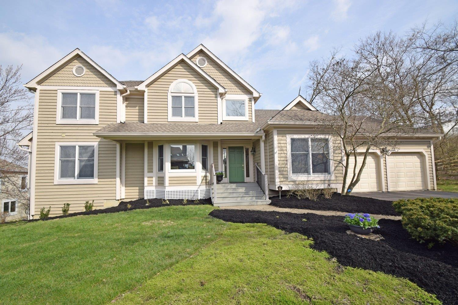 3283 Carpenters Creek Dr Evendale, OH
