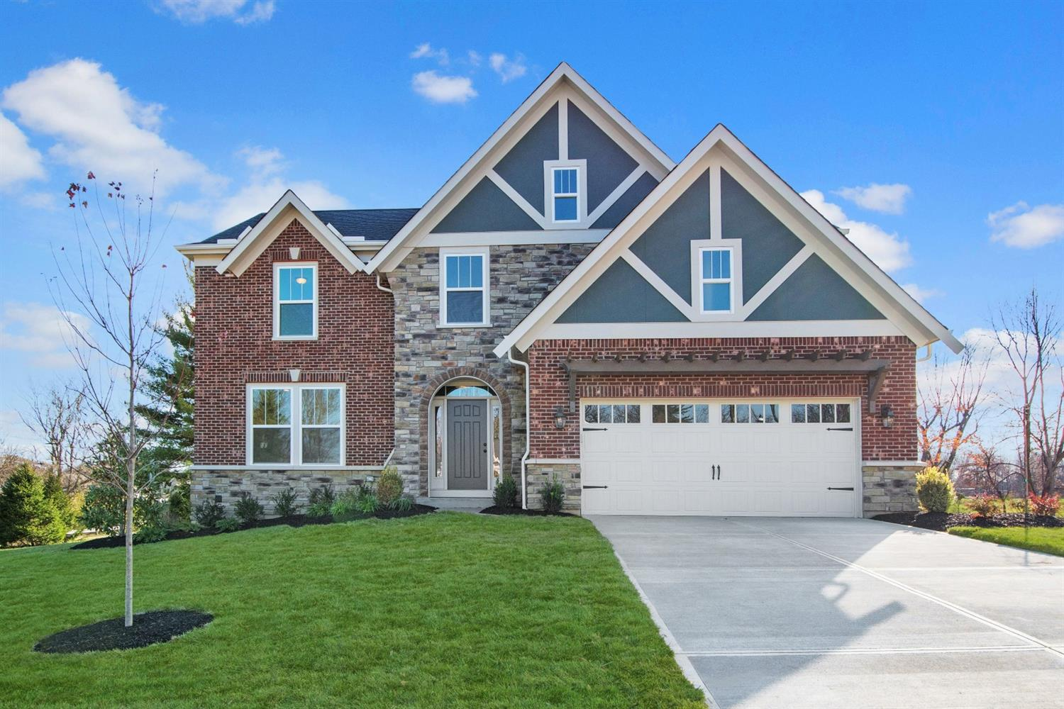 9995 Southport Ln Symmes Twp., OH