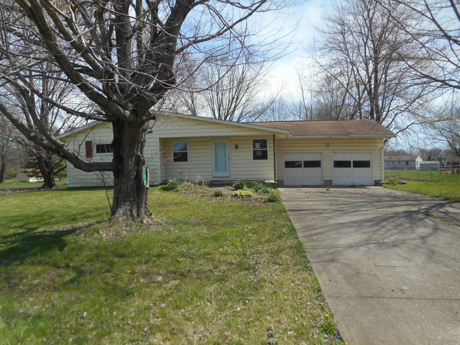 124 N Cross St Wayne Twp. (Clermont Co.), OH