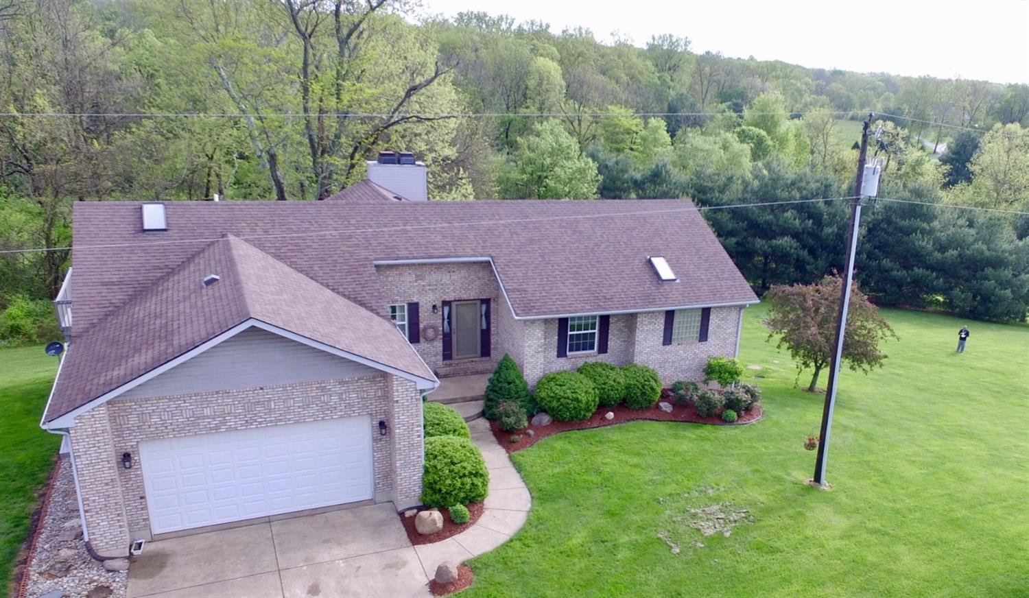 45 Inwood Rd Chester Twp, OH