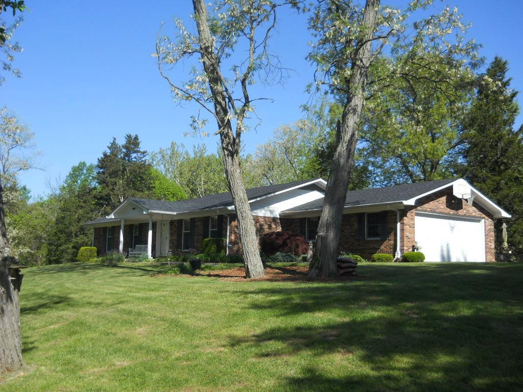 real estate photo 1 for 11272 Bushy Rd Brookville, IN 47012