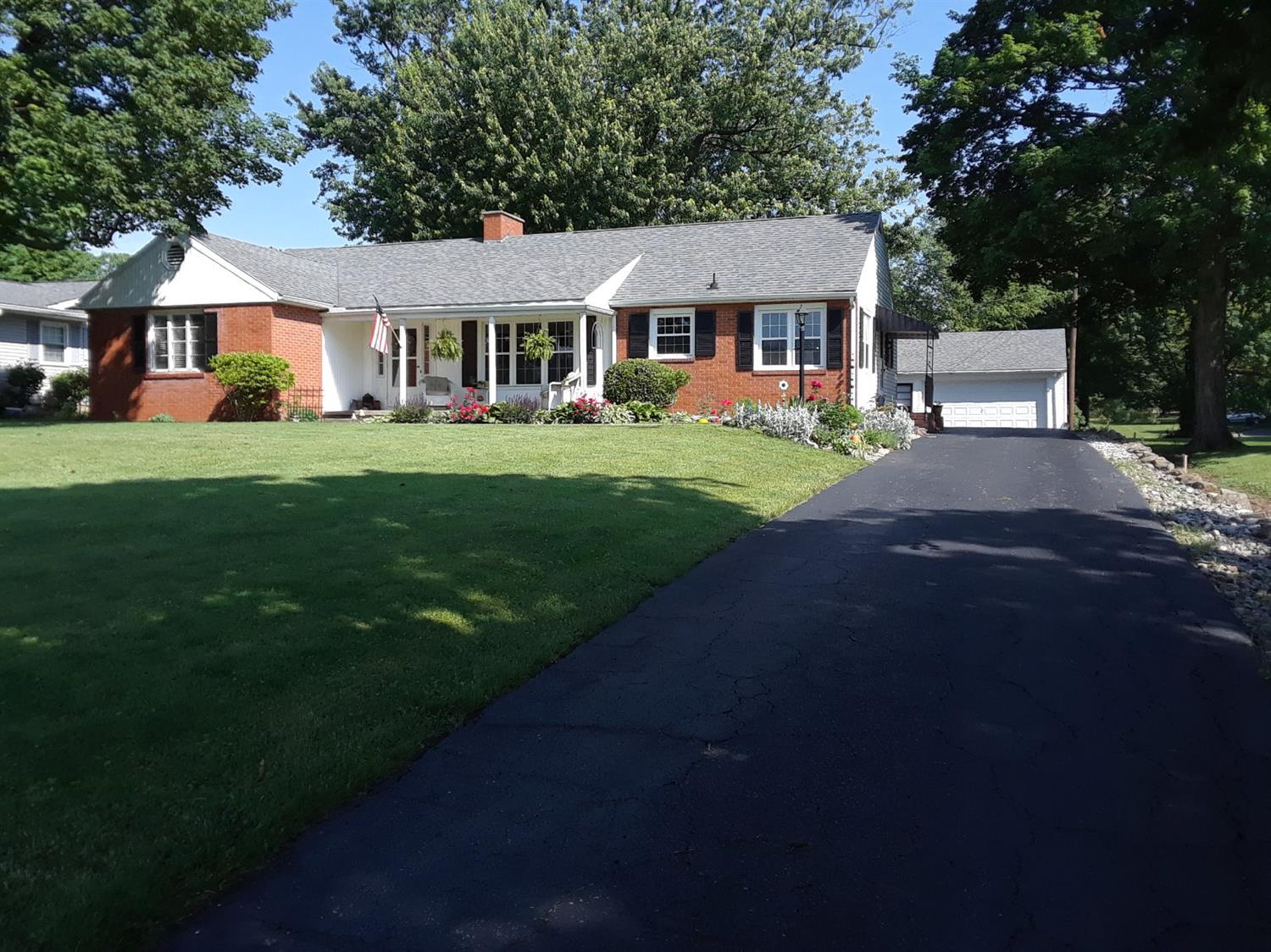 13613 Hillcrest Ln Highland Co., OH